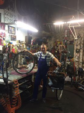 My saviour, Andrzej, with my bike