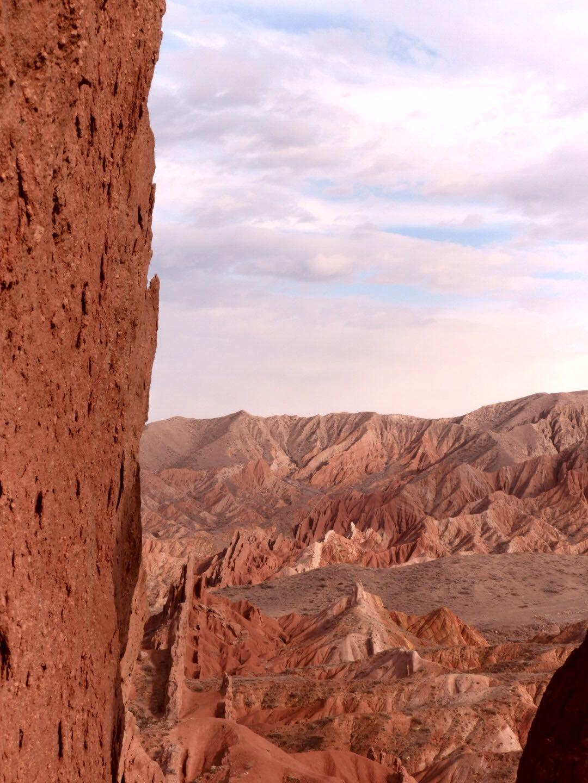 The Seven Bulls, a Martian landscape and a goldeneagle